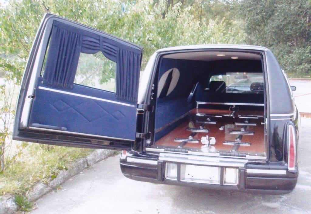 4б. Похоронный транспорт.