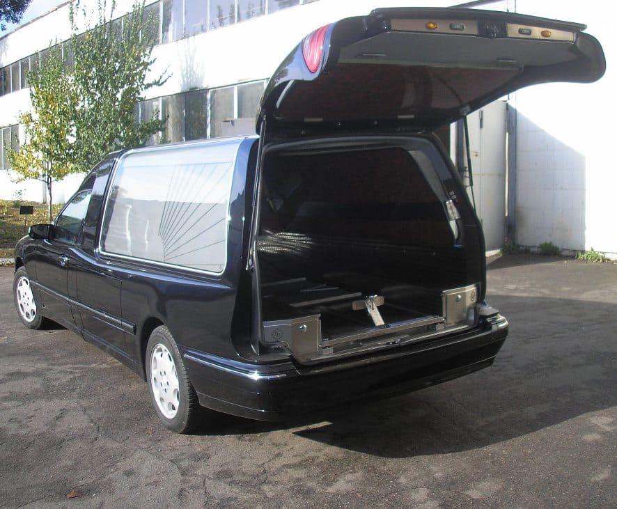 3а. Похоронный транспорт.